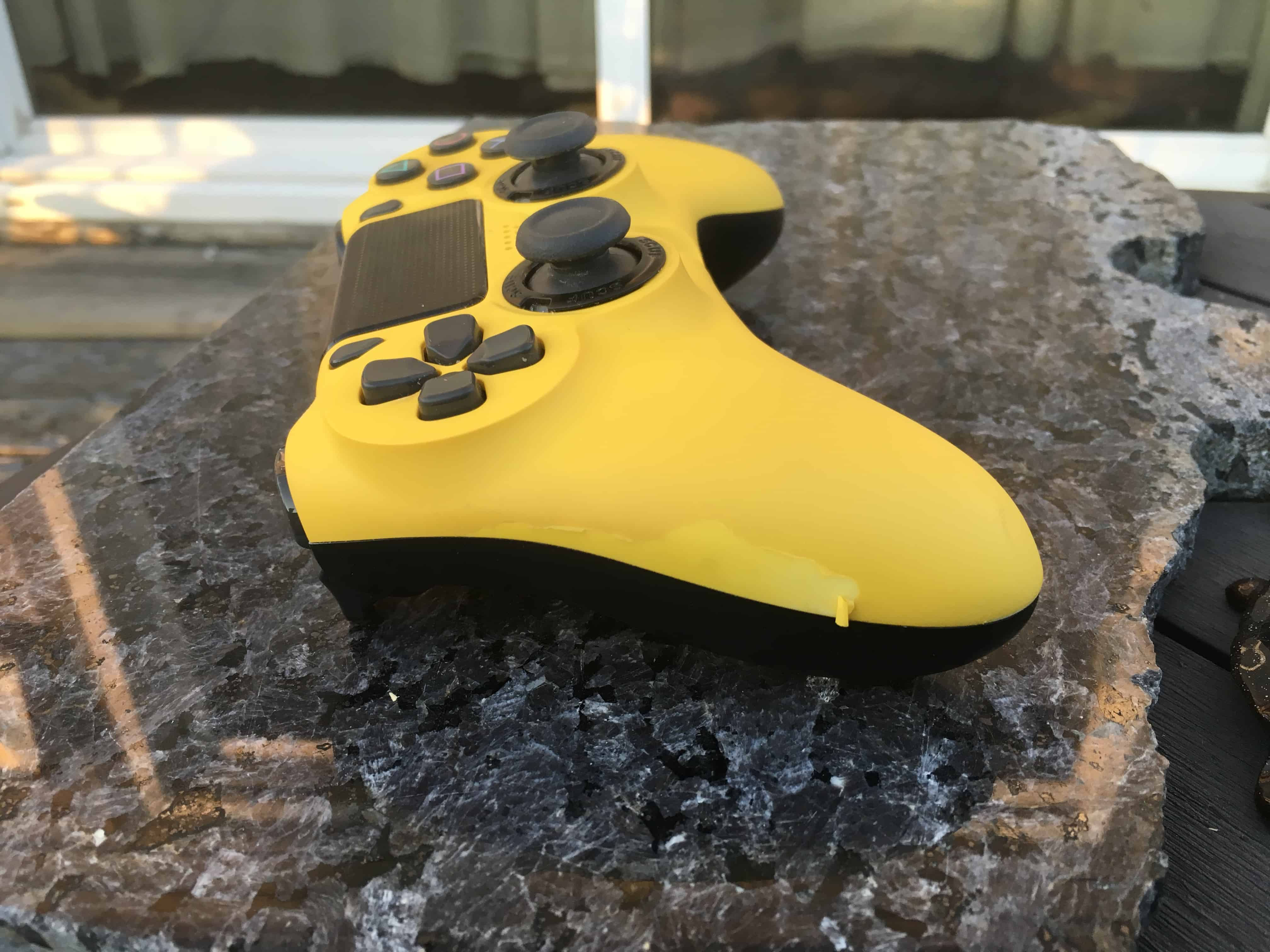 Scuf Impact coating coming off
